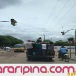 Moradores da zona rural continuam se arriscando em transportes alternativos