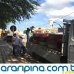 Prefeitura remaneja pneus da Praça do Hospital para Escolas Municipais
